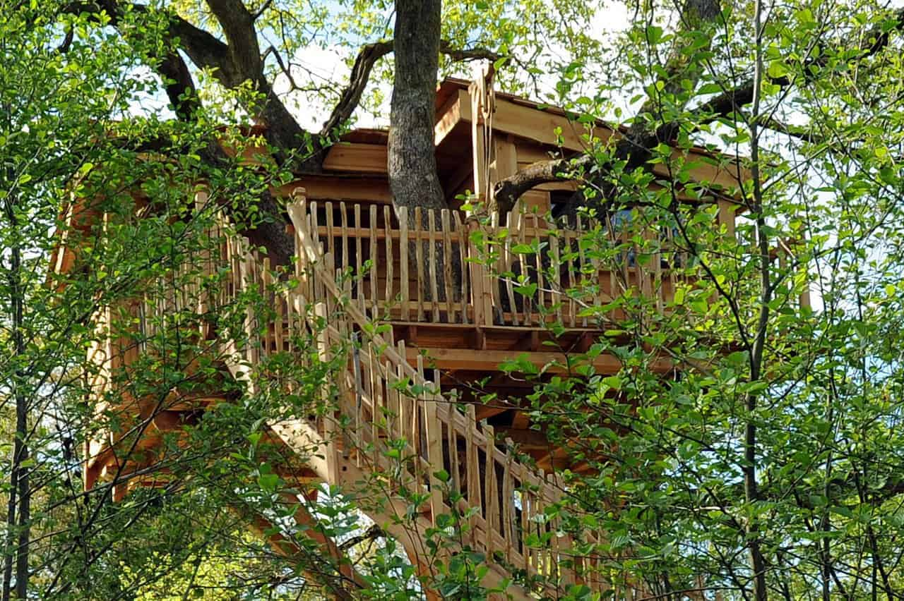 cabane dans un arbre en b arn pays basque 64. Black Bedroom Furniture Sets. Home Design Ideas